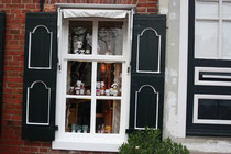 30 Fenster eines Hauses/Window of a house
