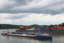7 Schiff im Rhein/Ship in the Rhein river