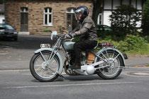 37 Motorradfahrer/Biker