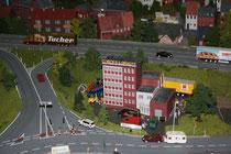102 Häuser und Straßen/Houses and Streets