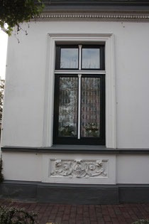 26 Fenster eines Hauses/Window of a house
