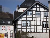 42 Fachwerkhaus/Stud work house
