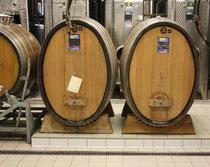 96 Weinfässer/Wine barrels