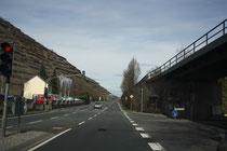 126 Eine Straße/A street