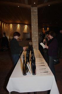 77 Weinprobe/Wine tasting