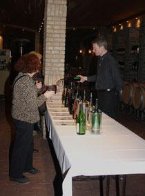 70 Weinprobe/Wine tasting