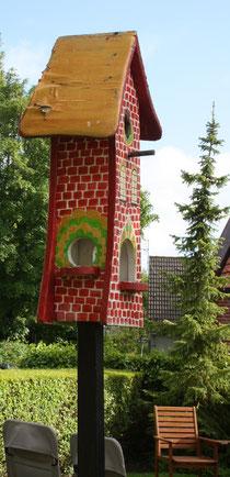 44 Vogelhaus/Birdhouse