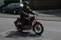 6 Motorradfahrer/Biker