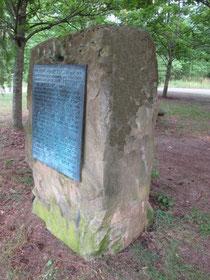 """Der """"Prinz-Eugen-Stein"""" im Wiesentaler Gewann Frankreich erinnert an den Polischen Erbfolgekrieg"""