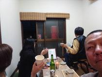 2019/5/10の寺飲み会は近隣の女性、箕面の女性と堺の女性は初参加。天橋立の話やお笑いの話で盛り上がりました。ありがとうございます☺️