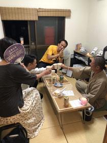 9/17の寺飲み会ら3人のご参加を頂きまして、懐かしいアニメの話や学生時代の給食の話に花が咲きました。ありがとうございます☺️