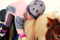 Nina und Pony Levis