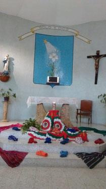 Oración inicial en la capilla