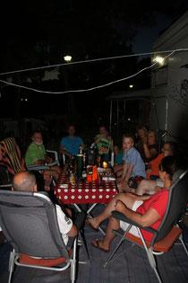 typisches Camperleben am Abend