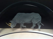 glass engraving, engraved glass rhinoceros, gold leaf