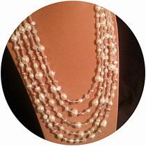 collier 5 rangs perle d'eau douce et fleur nacre