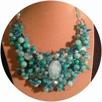 sautoir pierres naturelles et perles