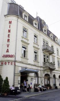 Hier steigen viele Inder ab: Das Interlakner Hotel Harder Minerva. Um das Essen kümmert sich zuweilen ein eingeflogener Koch.