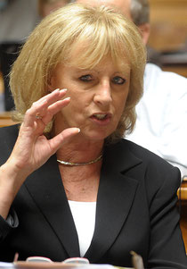 BDP-Nationalrätin Ursula Haller beharrt darauf, dass in der IV jährlich 1,4 Milliarden eingespart werden.