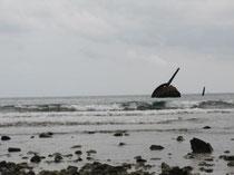 Restos del acorazado español Oquendo hundido cerca de Santiago de Cuba