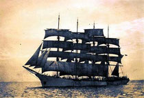 The five-master France, the  largest sailboat in the world in its time