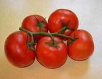 閉経後の女性 乳がんと肥満の予防にトマトがオススメ