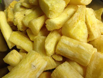Frita da Mandioca: マンジョーカ芋のフライ