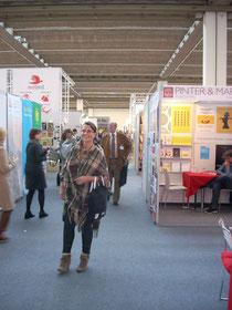 International Publishers, Halle 6