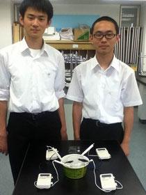 小林敬弘君(左)、佐村雄斗君(右)