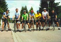 2000 Pedaltreter Leinburg von links: Wolfgang L., Siegfried S., Günther W., Peter B., Herbert W., Günther W., Gert Z.