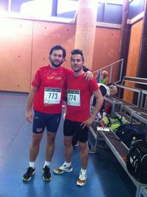 Kiki Somé a la derecha y Pedro Cubero a la izquierda, momentos previos a la carrera.