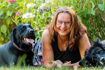 Foto: Andrea Stragier mit Hunden, Fotograf: Norbert Bovier