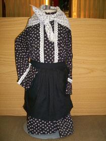 Traje de aldeanita tradicional