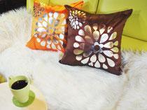 タイシルククッションカバー フラワー デザイン シリーズ 【Flower Design】 45×45cm対応のインテリア画像01