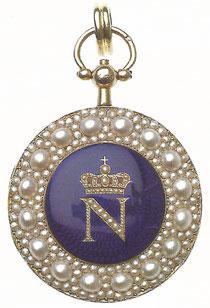 Médaille offerte, selon une tradition familiale, par Napoléon 1er à François-Joseph Meeûs, qui assista à son sacre comme président du conseil général de la Dyle.