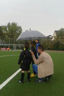 Bambini 1 im Regen. - Foto: p.bru.