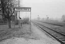 Las vías del tren que llevaban a Treblinka.
