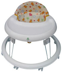 日本製歩行器「クレエ」