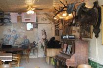L'intérieur du saloon