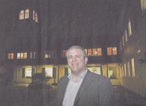 Jens Lüdert (47) vor unserem ersten Adventhaus - dem Kinderheim Kastanienhof. Er leitet das Kinderheim seit zwei Jahren, ist Diplom- Sozialpädagoge und hat in Nimwegen studiert.