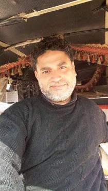الأديب محمود عبدالعال