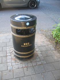 ハルムスタッドのゴミ箱。