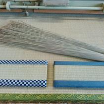職場体験に来た中学生製作のミニ畳とお土産の熊本産い草!