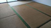 小田原市営住宅の畳を引き取りに行きました。