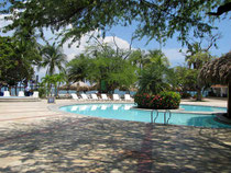Ein Pool im Hotel Estelar Santamar in Rodadero, Kolumbien