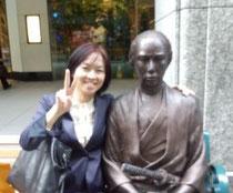 堀口恵子。坂本龍馬とともに。