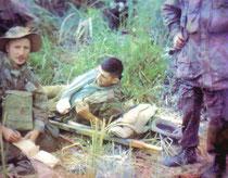 Dr.Rondy in Dien Bien Phu, links