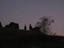 Die Helfensteine und ihre Priesterinnen (Bild von Astrid Wolf)