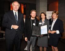 Prof. Dr. Wilhelm Krull, Timon Osche, Angelika Fröhling, Sigrid Hirsch (v.l.n.r.)