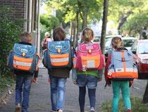 Kinder aus bedürftigen Familien sollen einen neuen Schulranzen bekommen